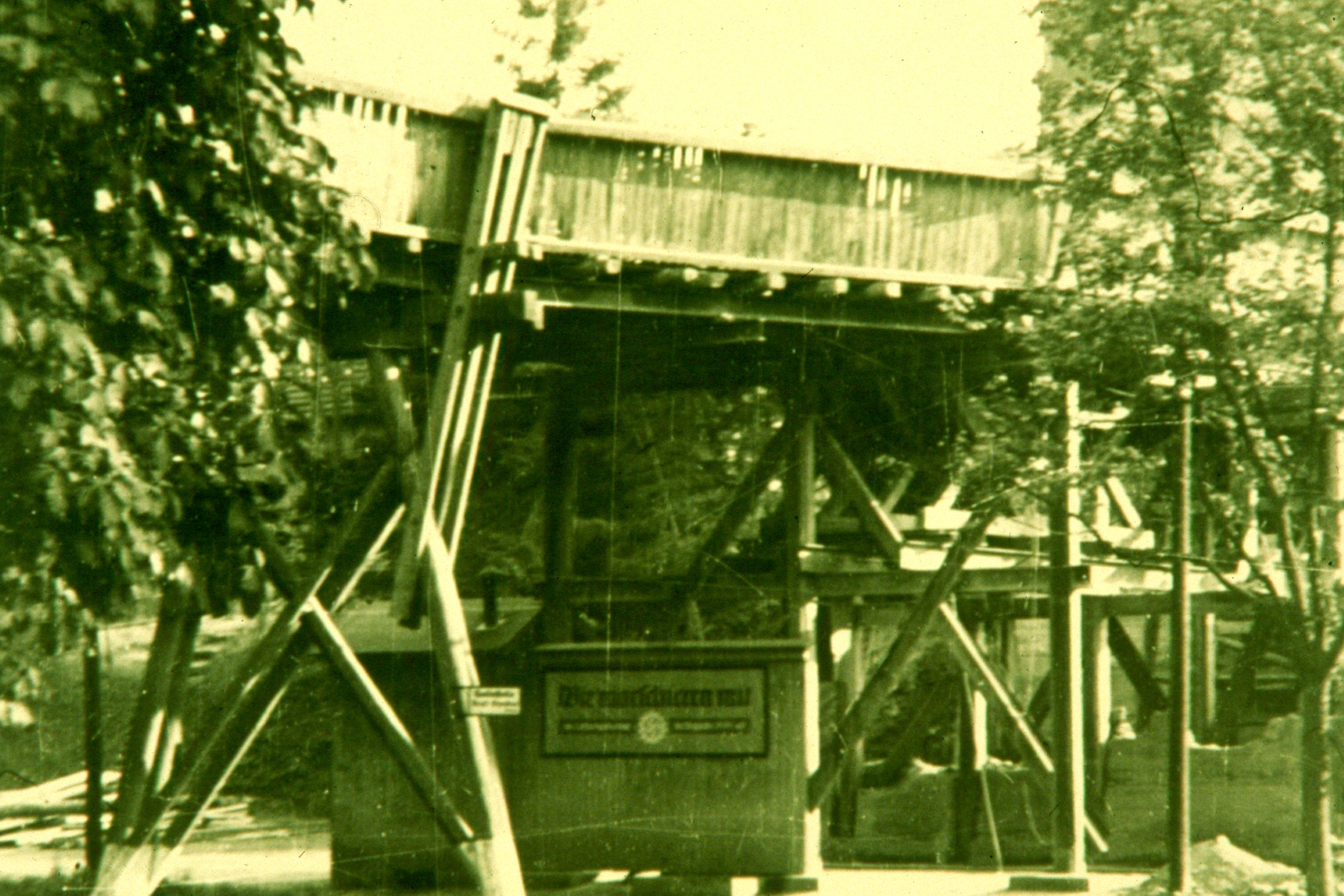 Holzbrücke_über_heutige_B449